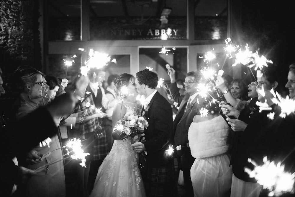 BLACK & WHITE MONDAYS – The Sparklers