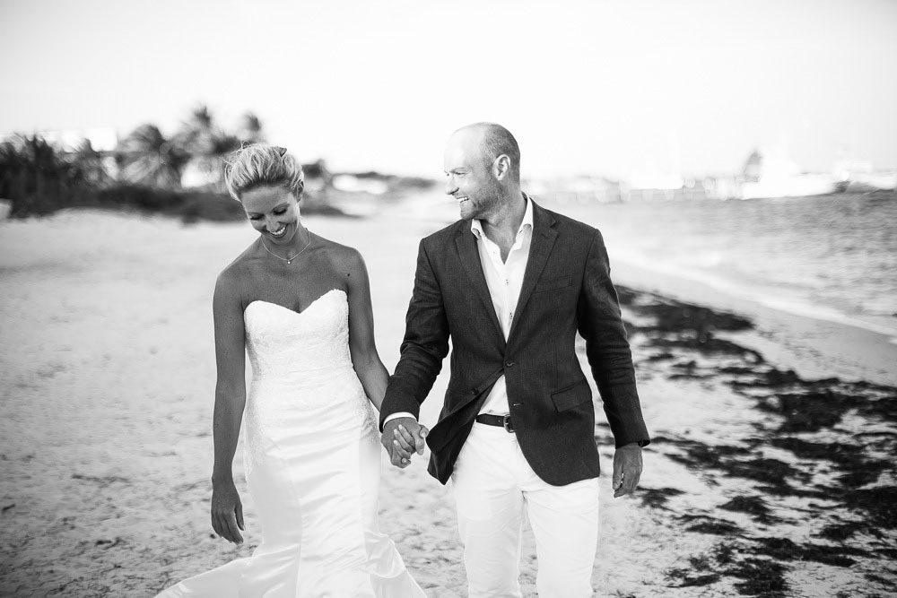 Victoria & Dan | Azul Beach Hotel | Wedding