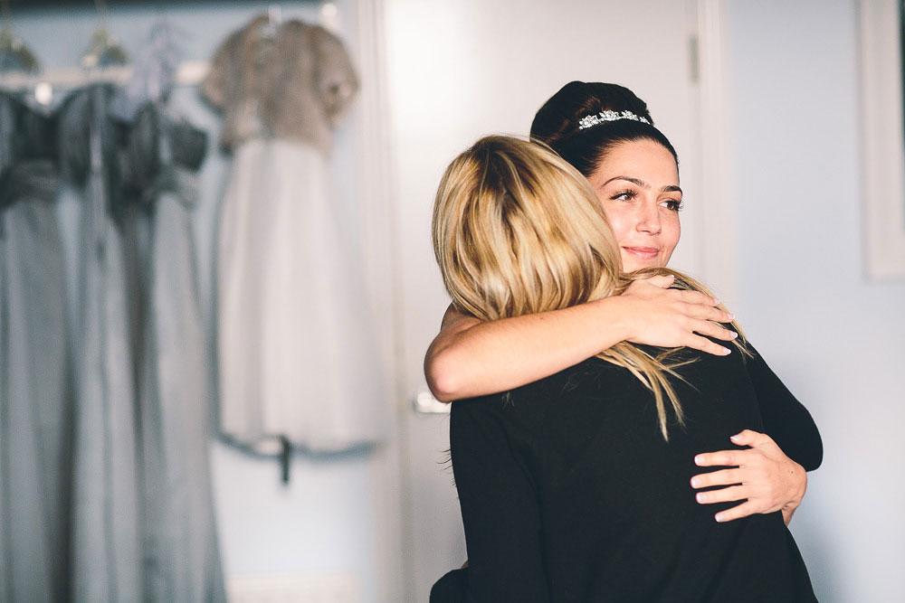bride hugging her mum