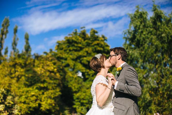 lyde court wedding photos