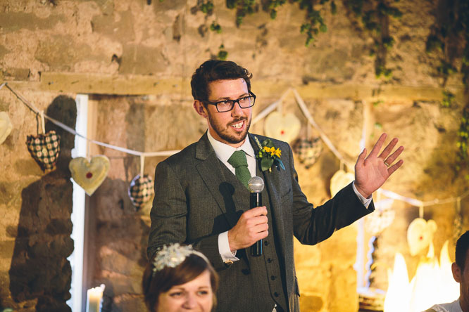 Wedding-Photographer- Lyde-Court-creative-reportage-109dom giving wedding speech in Lyde Court