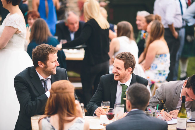 relaxed outdoor wedding in the uk