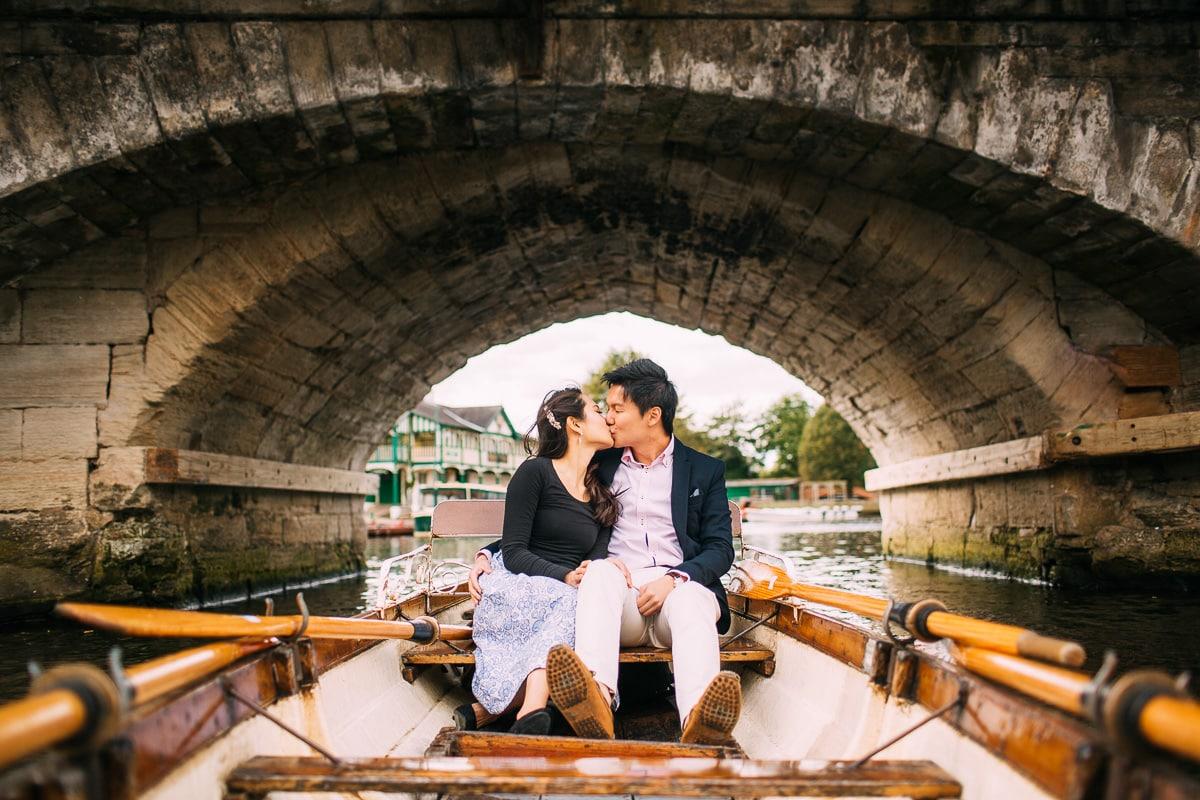 boating engagement photos