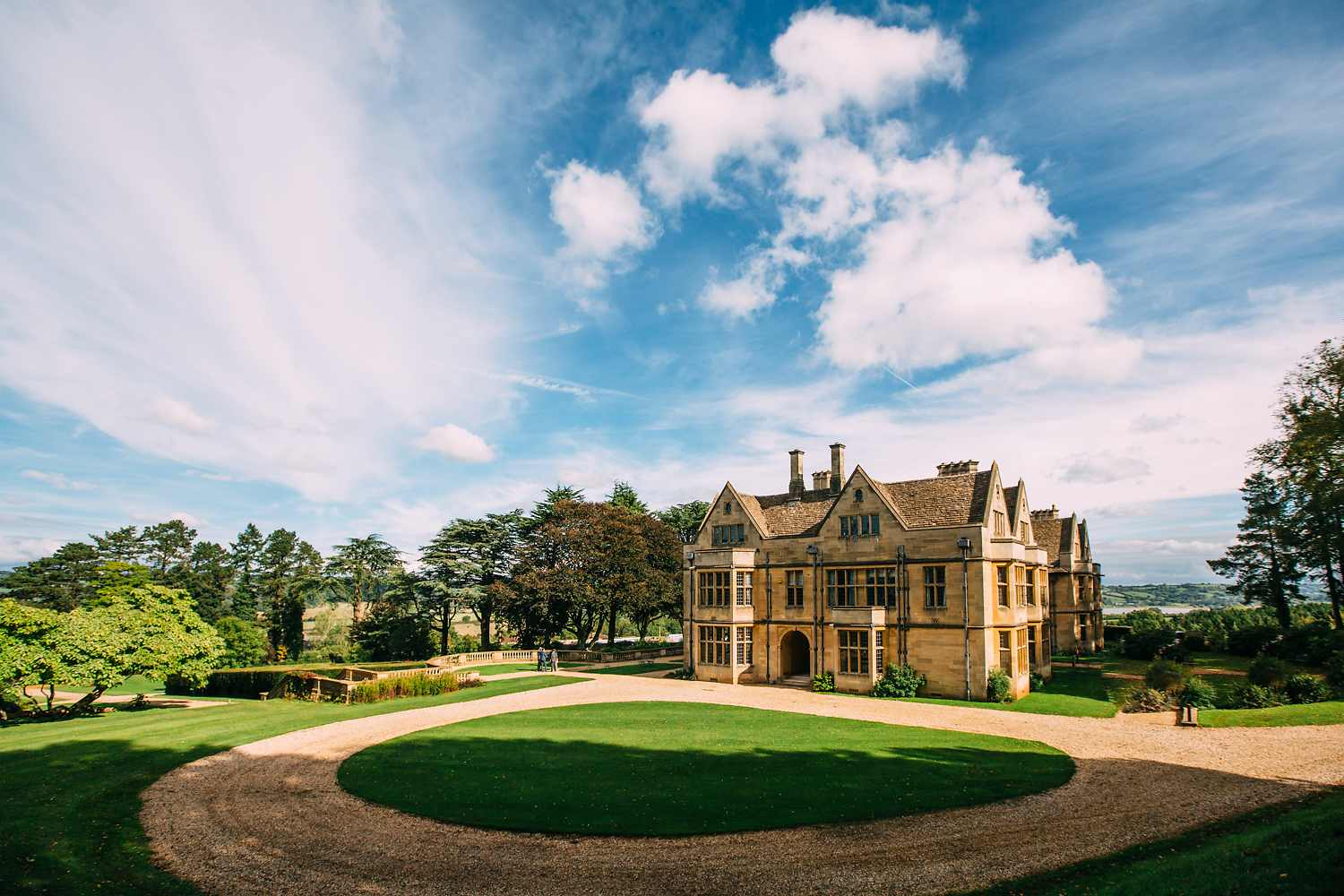 photograph of Coombe Lodge in the sunshine