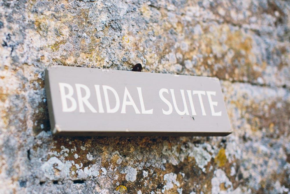 brympton-house-wedding-photography-008
