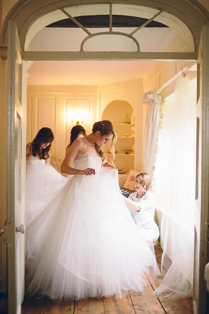 brympton-house-wedding-photography-024