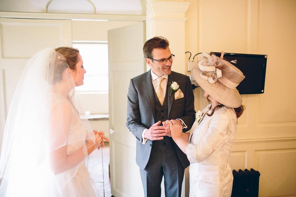 brympton-house-wedding-photography-031