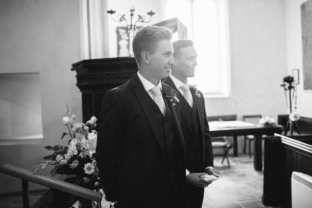 Bigbury-Wedding-photographer-028