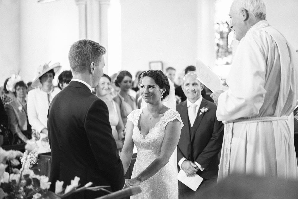 Bigbury-Wedding-photographer-031