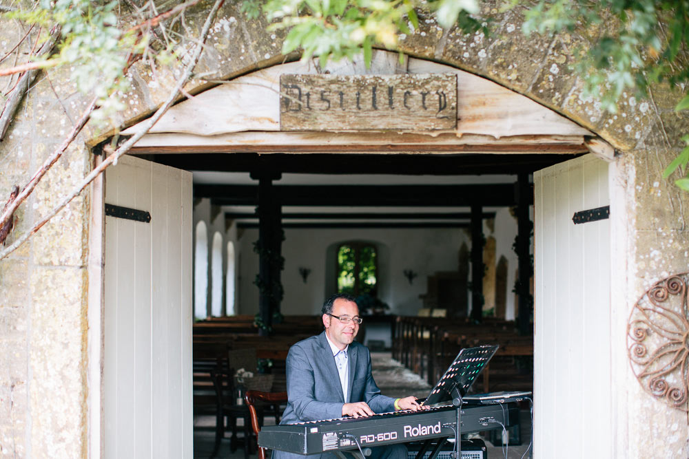 Brympton-House-Wedding-photographer-048
