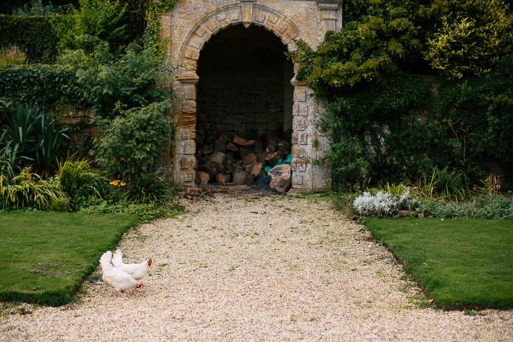 Brympton-House-Wedding-photographer-061