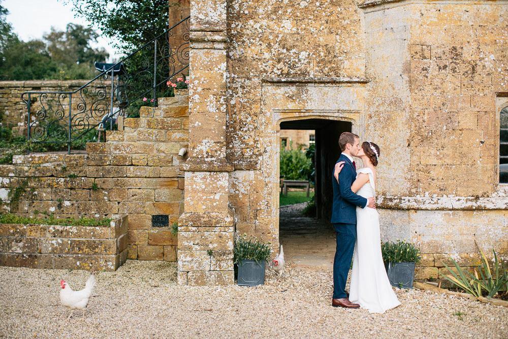 Brympton-House-Wedding-photographer-076