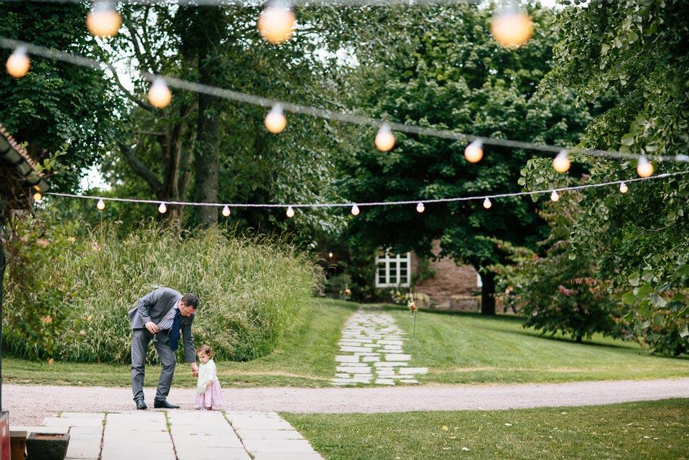 Dewsall-Court-Wedding-Photos-070