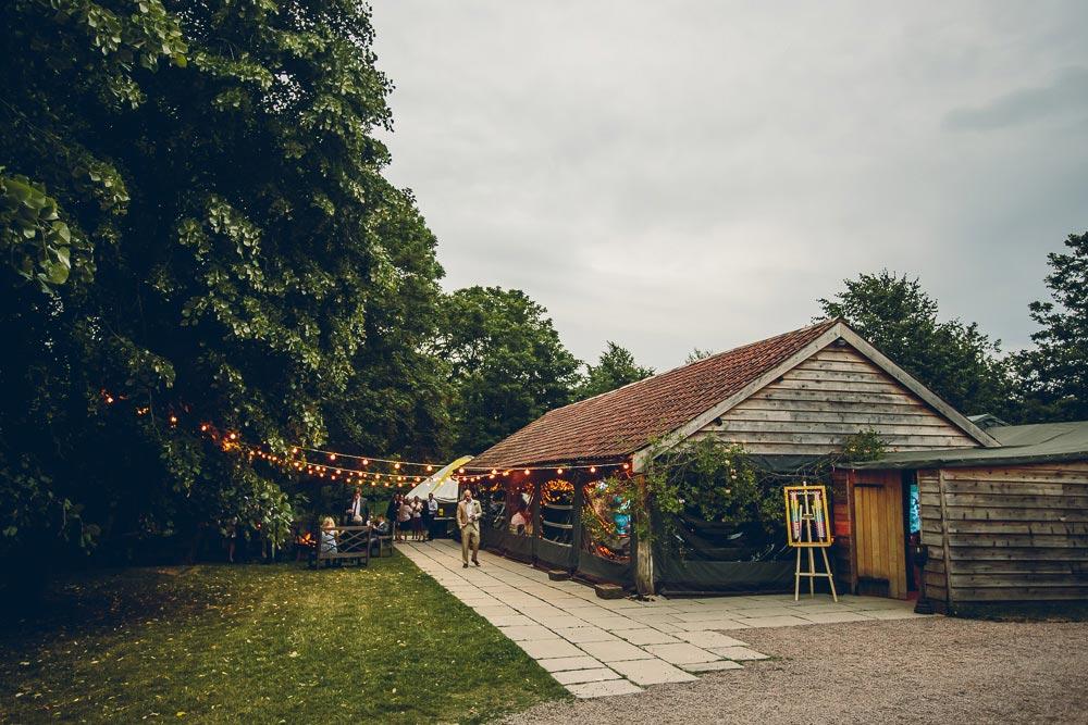 Dewsall-Court-Wedding-Photos-094