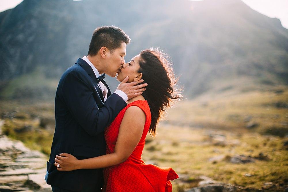 pre wedding engagement shoot snowdon-020