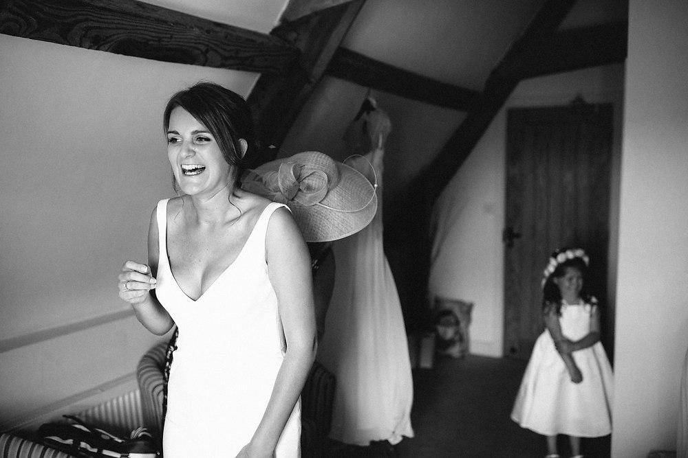 kingscote barn wedding photographer-012