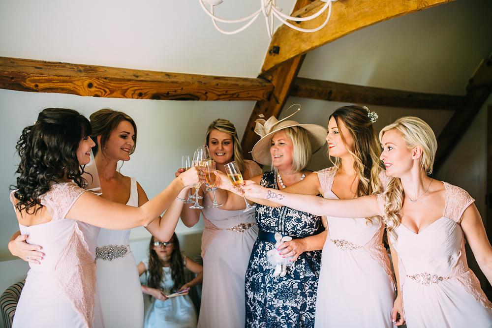 kingscote barn wedding photographer-016