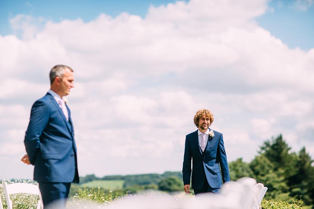 kingscote barn wedding photographer-019