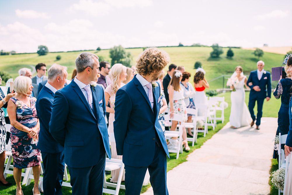 kingscote barn wedding photographer-025