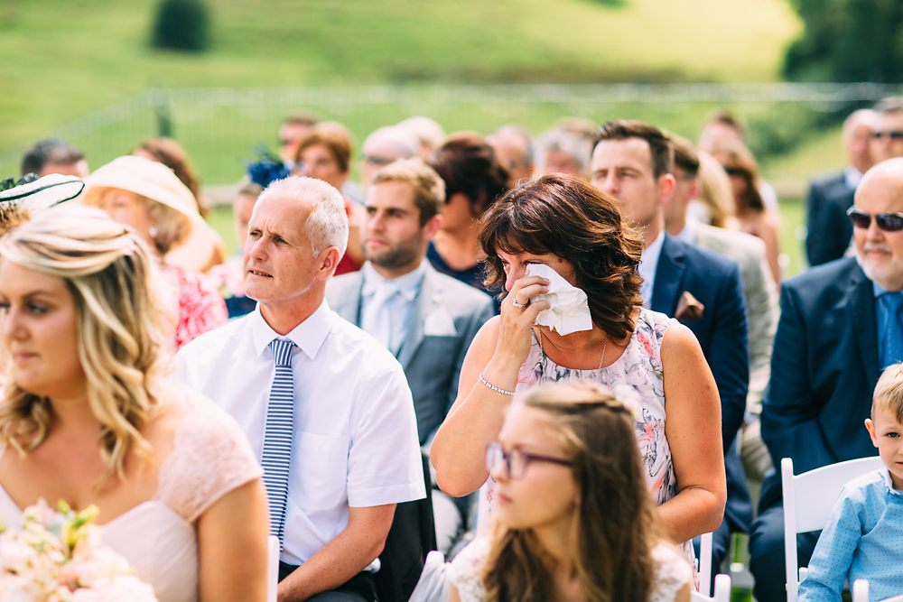 kingscote barn wedding photographer-027