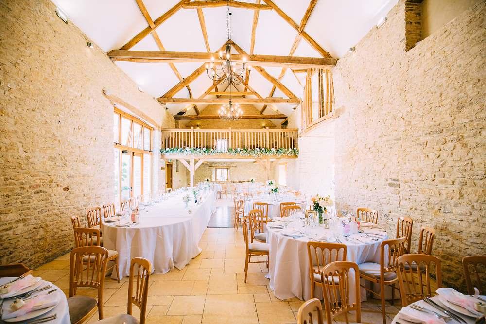 kingscote barn wedding photographer-045