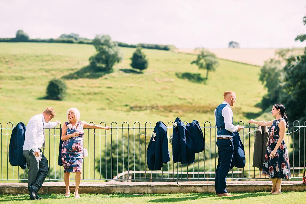 kingscote barn wedding photographer-049