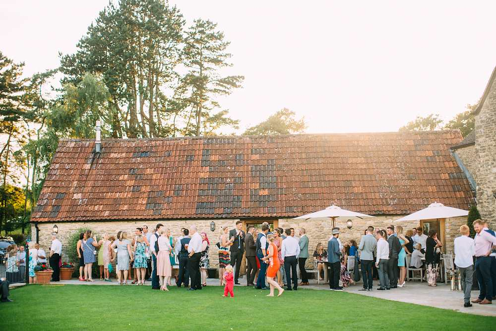 kingscote barn wedding photographer-068