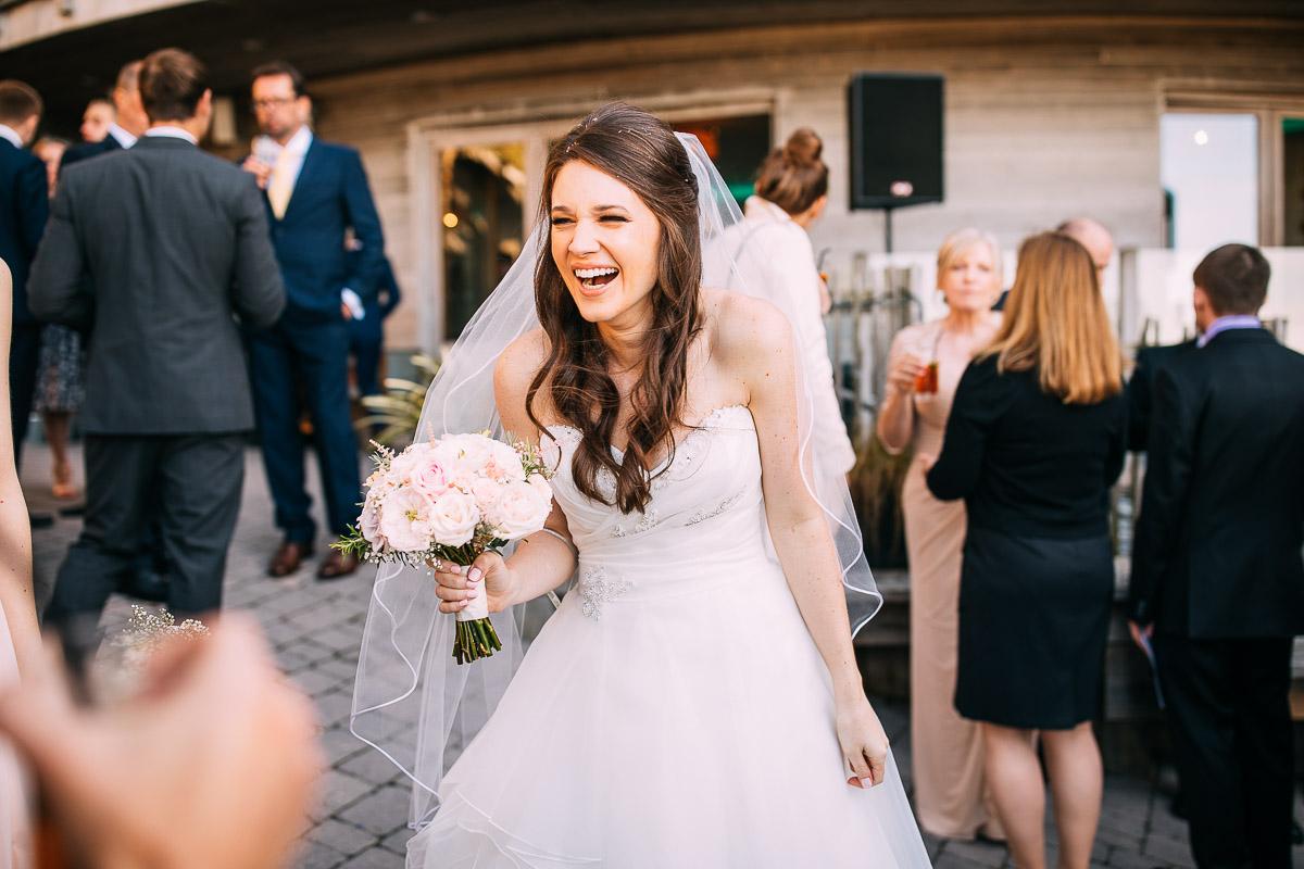 5d mark iv review wedding photos