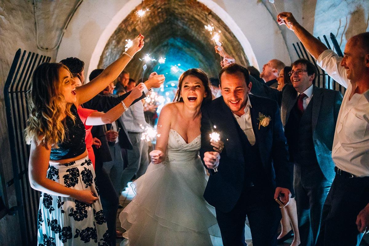 Canon Wedding Photography Lens: 15 Best Canon Wedding Lenses In 2019
