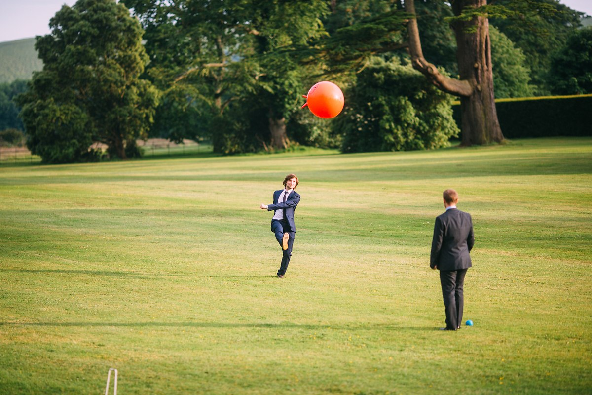 wedding games space hopper