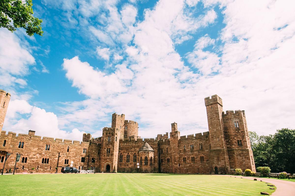 peckforton-castle-wedding-photographer-014