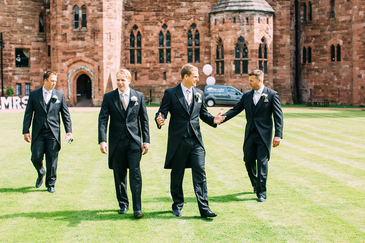 peckforton-castle-wedding-photographer-016