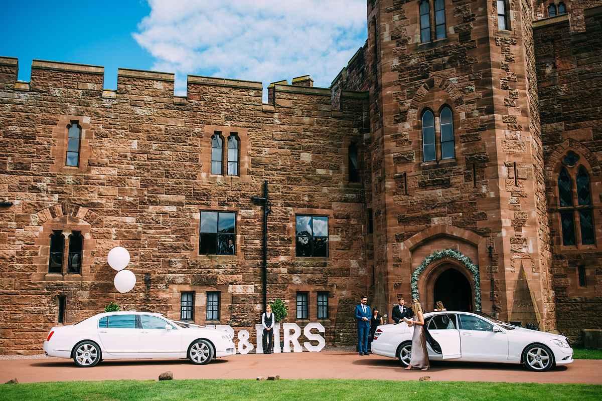peckforton-castle-wedding-photographer-024