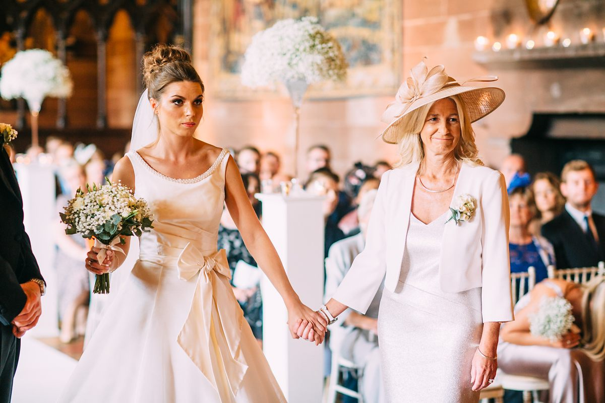 peckforton-castle-wedding-photographer-031