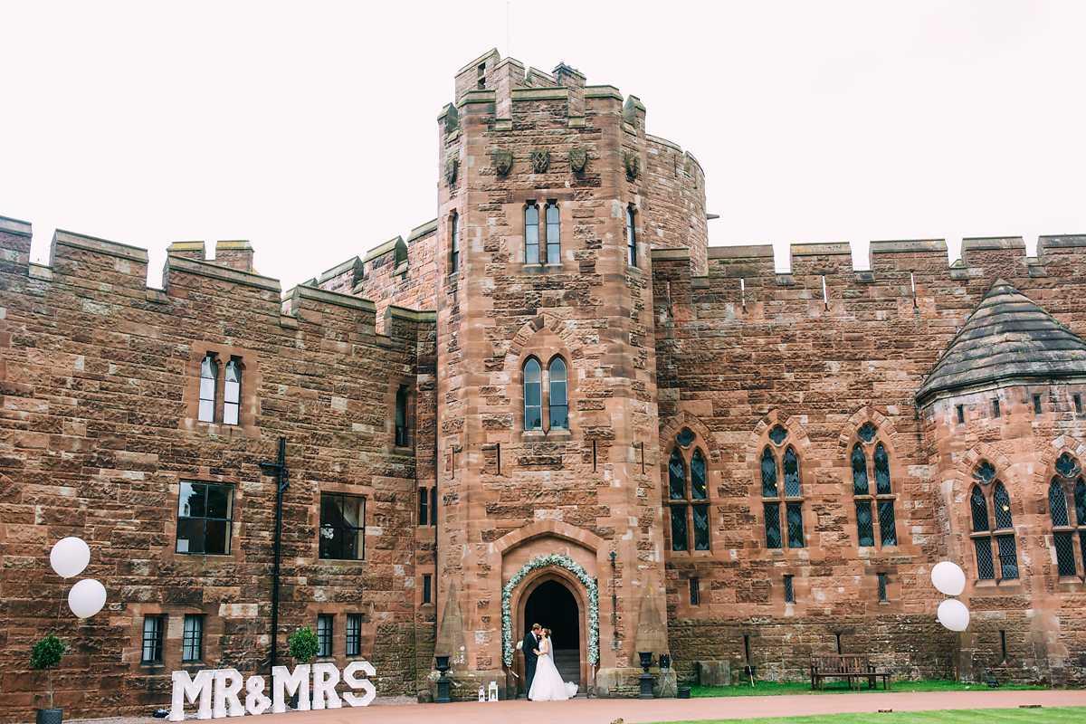peckforton-castle-wedding-photographer-057