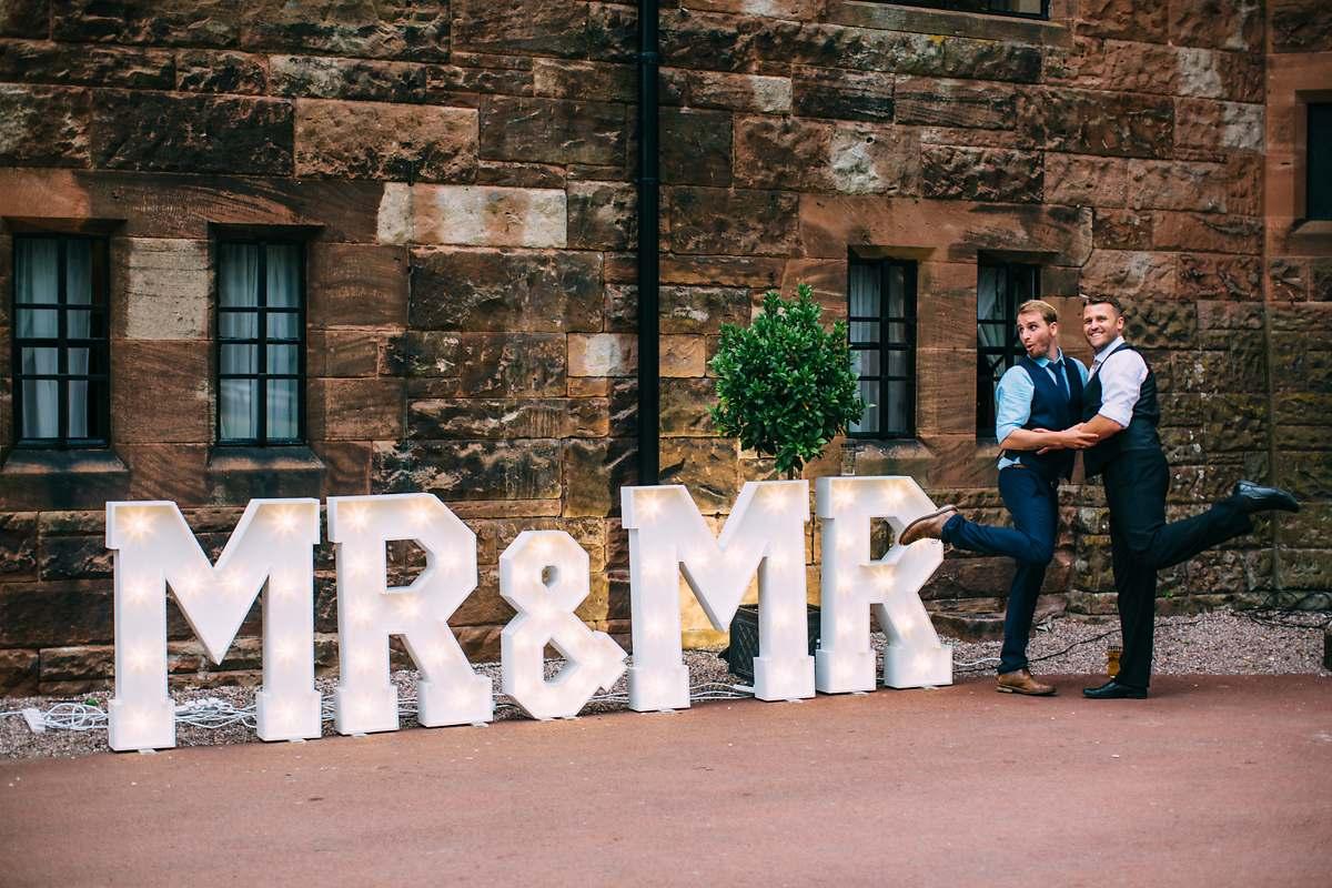 peckforton-castle-wedding-photographer-083