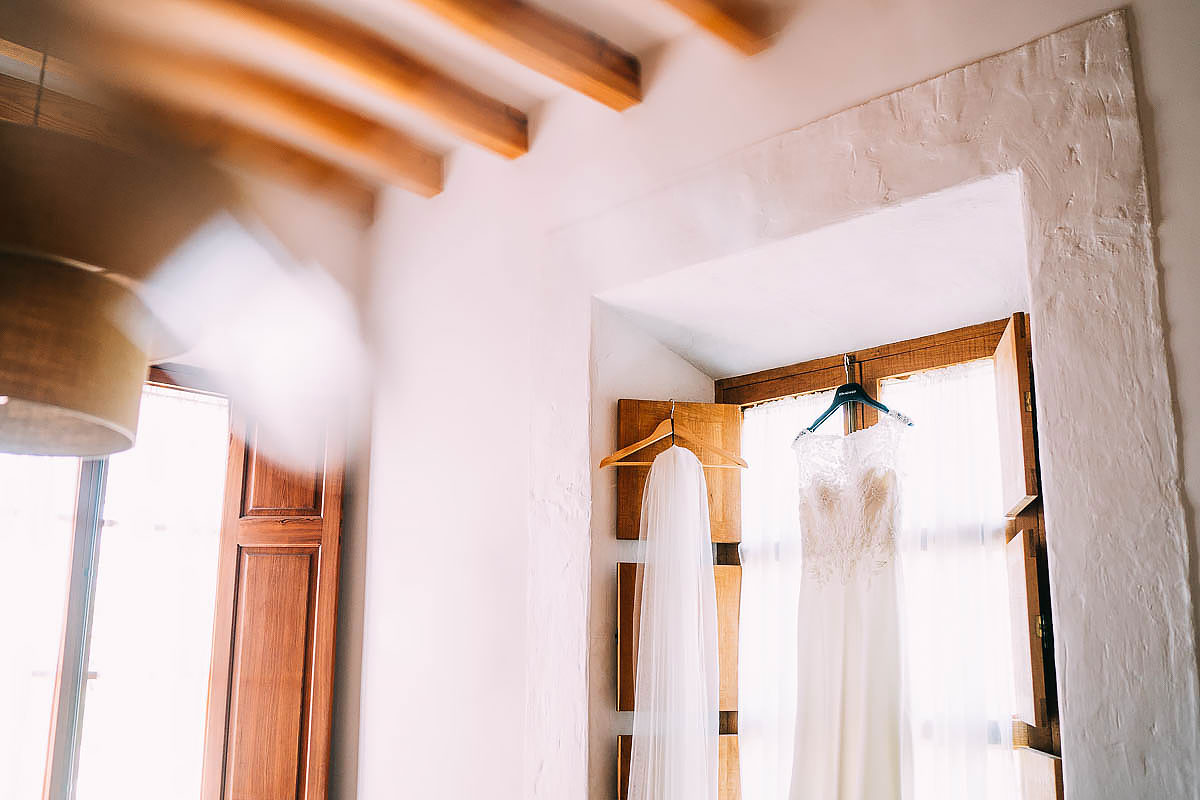 wedding dress in Mallorca