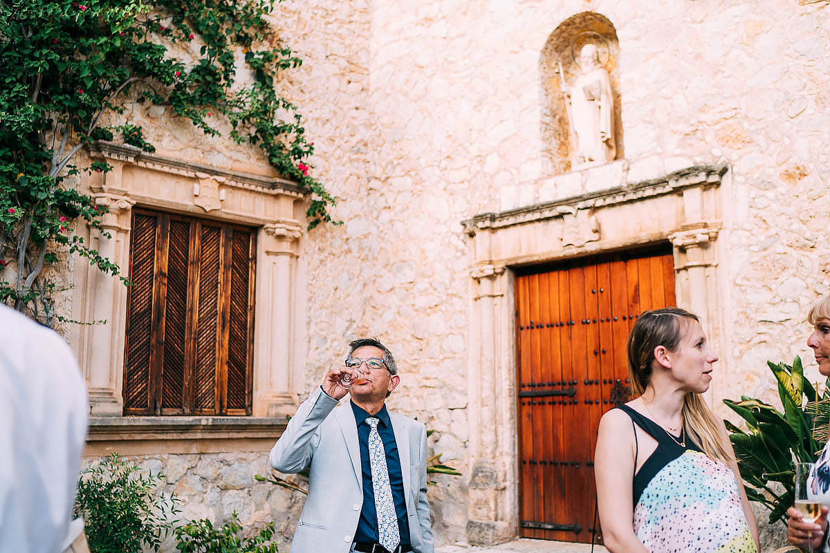 guests relaxing at Finca Son Berga wedding