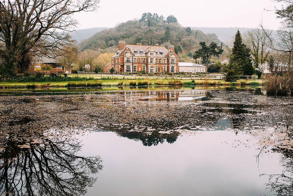 Knowle Manor wedding venue