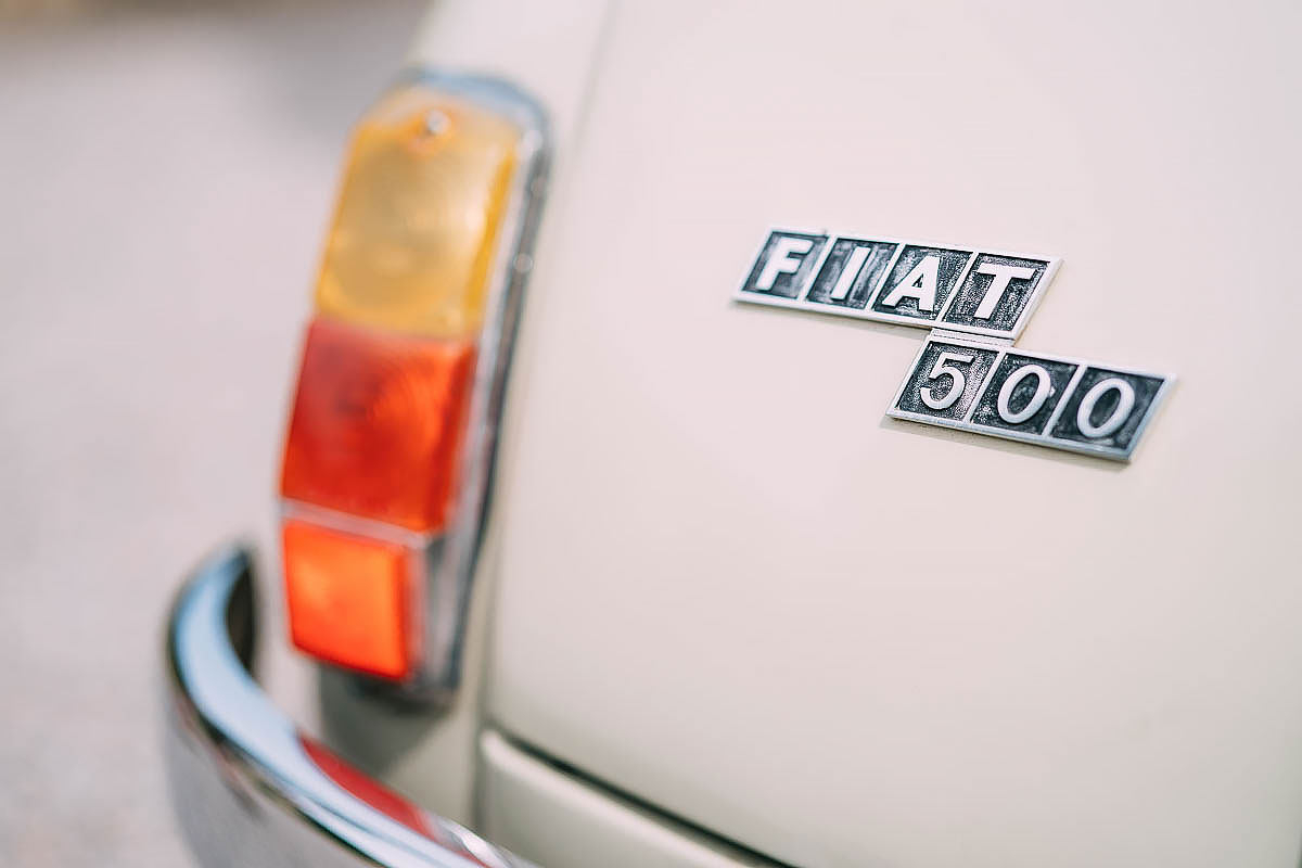 fiat 500 wedding car