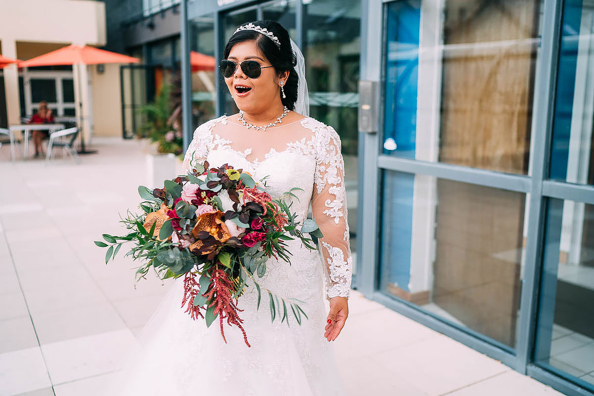 bride with sunglasses