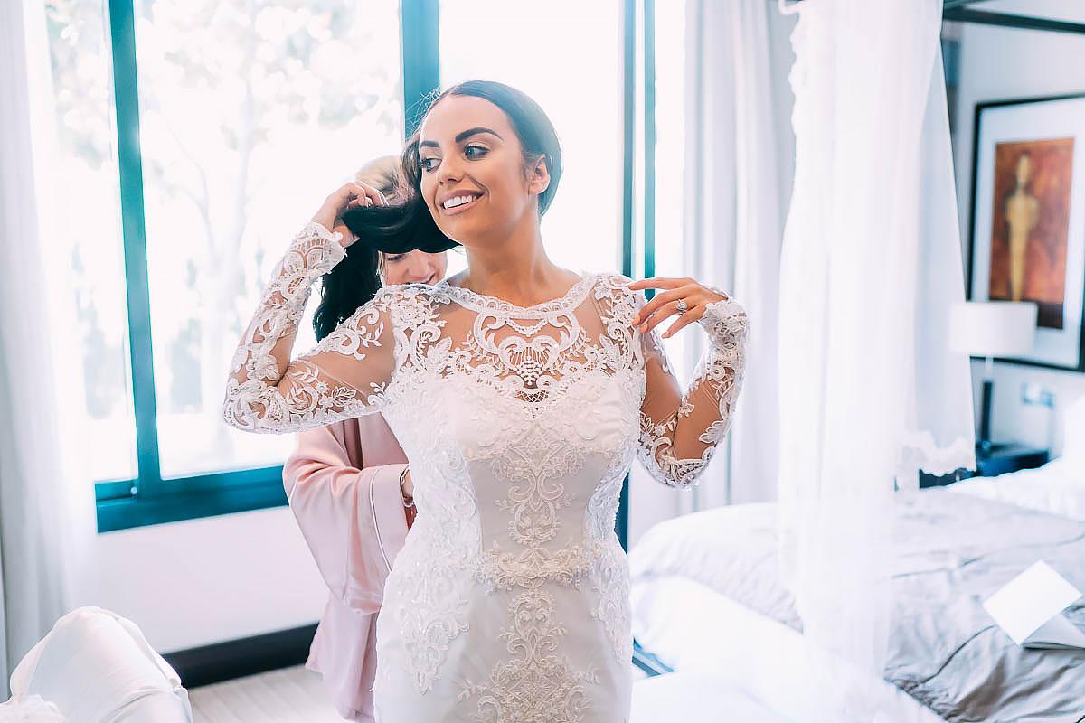 bride getting ready in Marbella hotel
