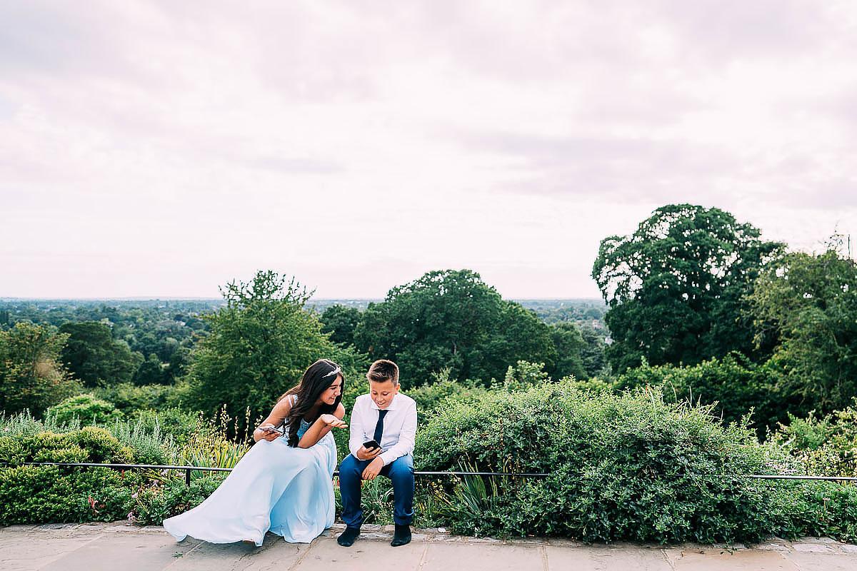 natural wedding photos Pembroke lodge