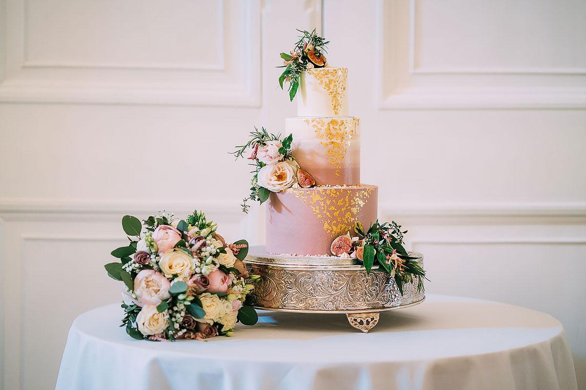 Farnham Castle Wedding cakes
