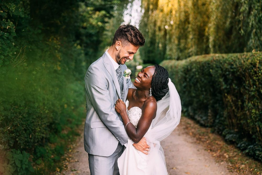 Garden Wedding In Surrey